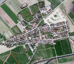 Luftbild Hausen